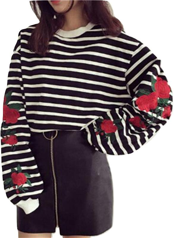 Kawaii Clothing Stripped Sweatshirt Black White Embroidery Roses